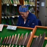 Le coutelier se frotte les mains : le marché des couteaux se porte aussi bien que celui du poisson !