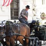 Balade en clèche à travers la ville bondée de touristes !