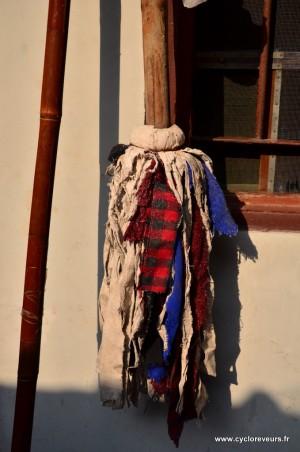 On se demandait comment recycler nos vêtements qui se transforment en loques petit à petit.