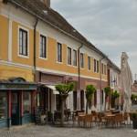 Dans les ruelles d'un pittoresque village hongrois