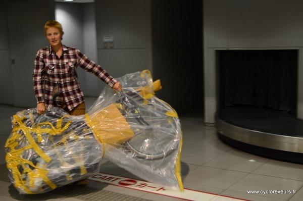Emballage de vélo pour l'avion : plastique OK pour Air Asia !