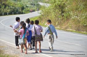 Sur le chemin de l'école !
