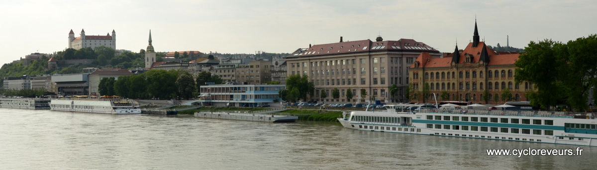 Encore une ville sur le Danube, et qui en profite bien !