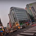 On comprend mieux ici pourquoi les japonais ne traversent pas lorsque c'est rouge !