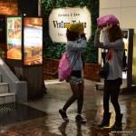 Rares sont ceux ou celles qui ne prévoient pas de parapluie : ce sont pourtant des japonaises !